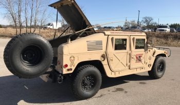 AM General Humvee M-1026 Hatchback full